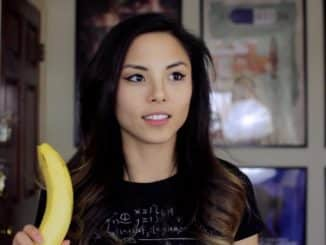 1478116052 2302880a orig Review: Anna Akana - Good Interests & Seems Nice